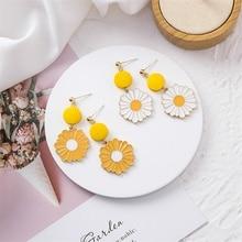 Pendientes largos de niña con flores de margaritas dulces, pendientes de aguja de plata 925, temperamento Corea 2019, pendientes simples de moda para mujer