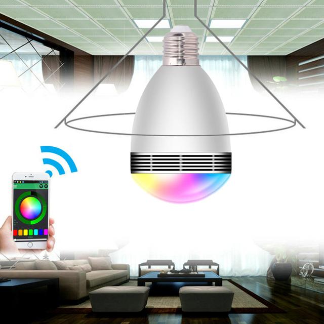 Nova marca Bluetooth Mini Controle Remoto Sem Fio Inteligente De Áudio LEVOU falante 110 V-240 V E27 3 W RGB Cor Luz Quente Lâmpada Música lâmpada