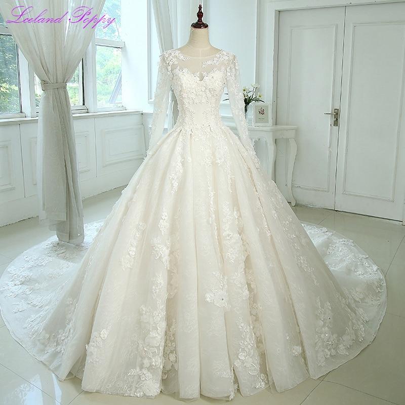 Glamorous Women's Lace Appliques A-line Wedding Dresses 2019 Long Sleeves Scoop Neck Vestido De Novia Bridal Gowns With Flowers