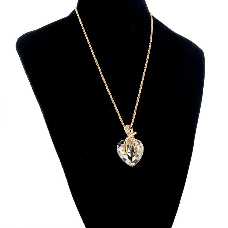Crystal Heart Necklace And Earrings Jewellery Set for Women