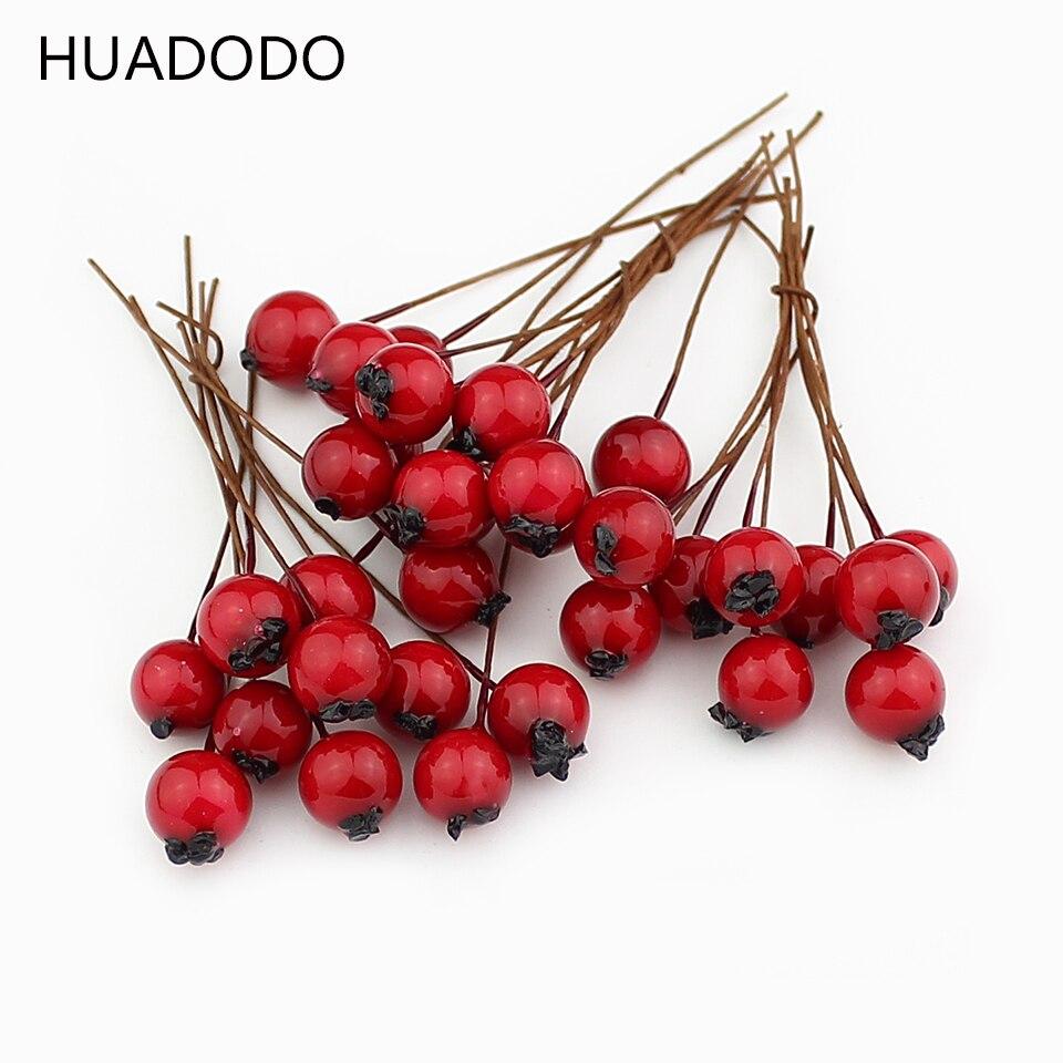 HUADODO 1cm 50pcs Artificial Flowers Stamens Red berries cherry Fake Smooth Foam Fruit for Wedding Christmas Decoration