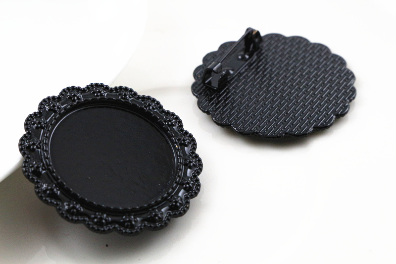 New Fashion  2pcs 25mm Inner Size Black Color Brooch Fashion Cabochon Base Setting (A6-42)