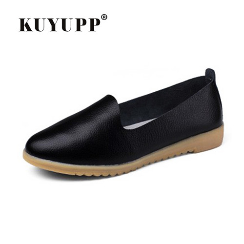 KUYUPP Cow Split Leather Women's Casual Driving Loafers Slip On Boat Shoes Flats Moccasins Loafers Indoor Shoes YDT21 full grain leather mens slip on driving loafers emboss crocodile boat shoes business man moccasins casual shoes