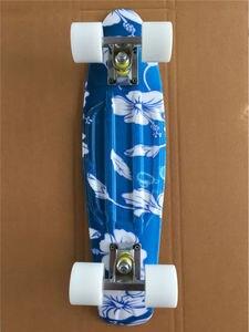 Image 4 - Mini Tabla de Skate completa de 22 pulgadas con patrón de flores blancas para que niña y niño disfruten del Mini cohete de skateboarding