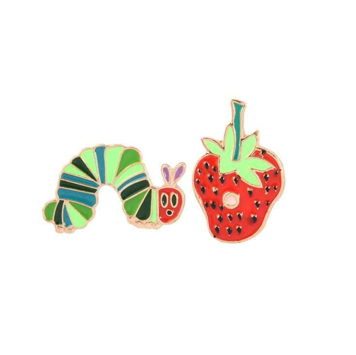 2019 Strawberry Caterpillar Enamel Pin Kartun Hewan dan Tumbuhan Lencana Bros Kerah Pin Denim Kemeja Jeans Tas Lucu Hadiah Perhiasan