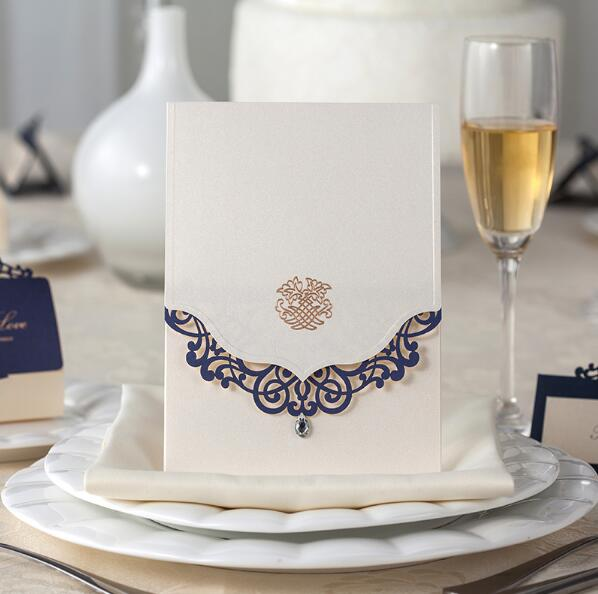 Free Shipping 50PCS/LOT CW502 Lace With Diamond High End Wedding Invitation  Card Personality Customized Map Language And Design