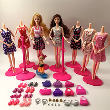 New Fashion Barbie Doll Set Big Gift Star Action Figur Modeller Söt DIY Leksaker För Flickor Dolls Barn Prinsess Set Set Väskor