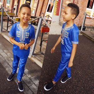 Image 3 - H & D T 셔츠 남성용 2 개 세트 Kids Boys 아프리카 대시키 히피 옷 아버지 아들 Bazin Riche 자수 탑 바지 정장 가운