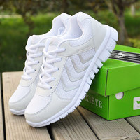 2017 New Sneakers Women Mesh Breathable Sport Shoes Running Shoes Light Outdoor Sneakers 35 44 Shoes