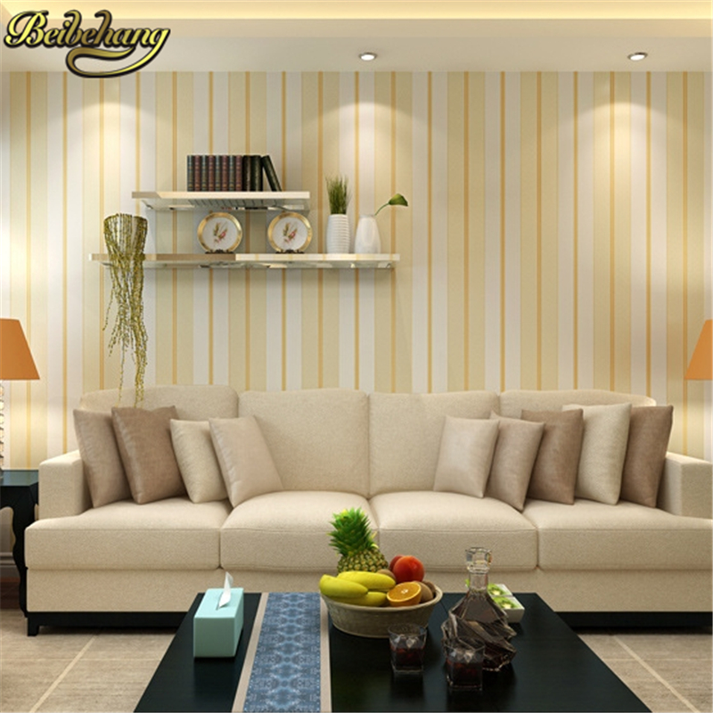 Striped wallpaper in living room for Wide wallpaper home decor