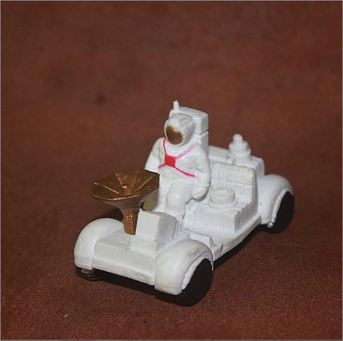 10 Teile/los Hohe Simulation Modell Spielzeug 4,5 Cm Jungen Favorate Spielzeug Raum Auto/raum Lager/satellite/rakete/flugzeug/teleskop