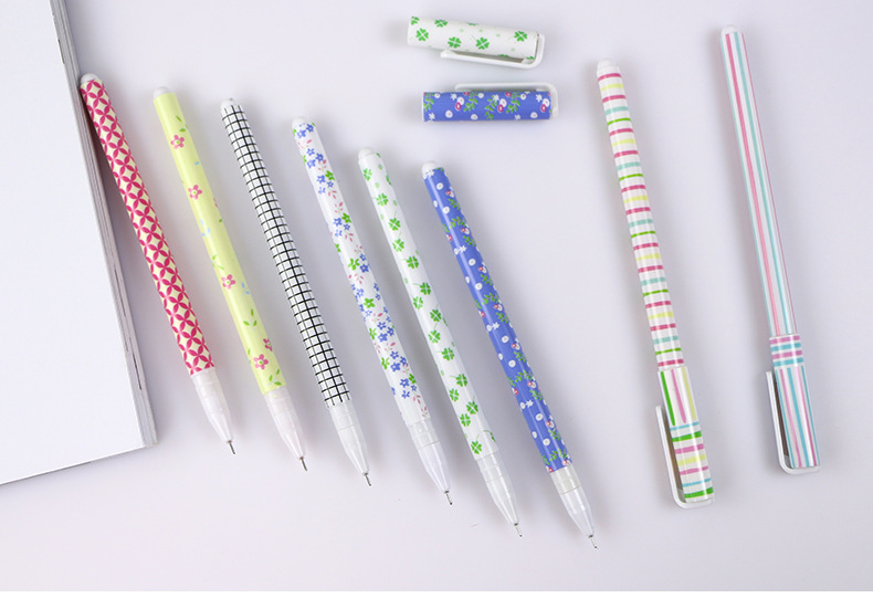 10 color pen with box Japanese and Korean creative stationery broken flower watercolor pen color neutral pen in Gel Pens from Office School Supplies