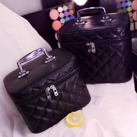 Korean Style Fashion Geometric Zipper Cosmetic Bag Women Leather Makeup Bag Ladies Cosmetics Organizer New Trend