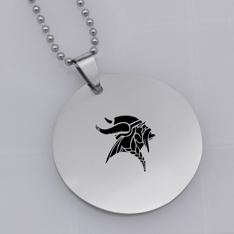 Ufine FPS game pendant fortnite stronger fish pendant stainless steel jewelry necklace Customed words or name necklace N473