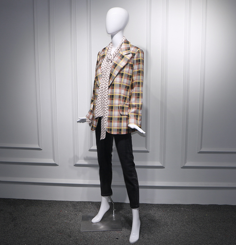 2019 Spring Star Yang's Same Retro Plaid Inverness Style Suit Jacket Button Notched Single Button Plaid Women Jackets And Coats