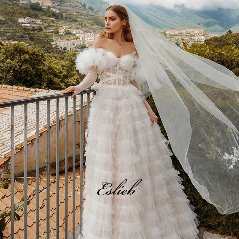 2019 Eslieb dernière mode vente en gros doux tulle tissu gâteau couche fée robes de mariée sur mesure robe de mariée HA057