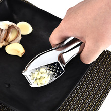 BEEMSK 1pcs creative stainless steel garlic press pestle machine multi-purpose kitchen gadgets