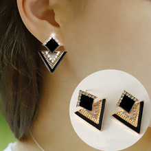 Fashion 2016 Vintage Gold Plated Triangle Piercing Geometric Earrings for Women Earings Fashion Jewelry