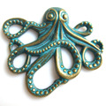 10pcs Fashion Jewelry Antique Greek Bronze Patina Octopus Charms Pendants Necklaces Jewelry Findings