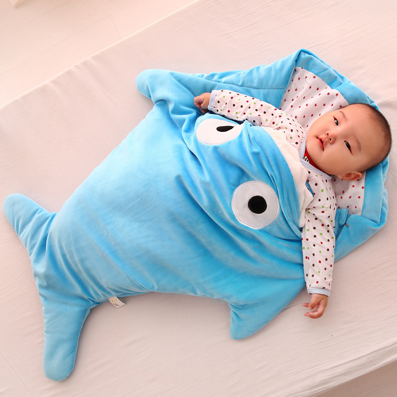 Disney Shark Baby Sleeping Bag 100% Cotton Defense is Kicked Cartoon Children are Hugged Baby Sleeping Bag Baby SuppliesDisney Shark Baby Sleeping Bag 100% Cotton Defense is Kicked Cartoon Children are Hugged Baby Sleeping Bag Baby Supplies