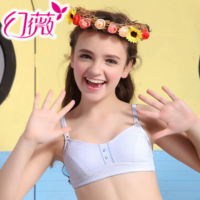 bra Teen girl hand