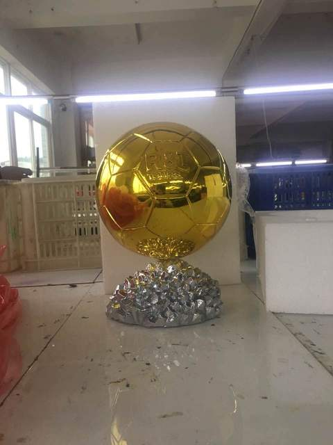 2018 mvp 30cm ballon d or trophy for sale resin best player awards
