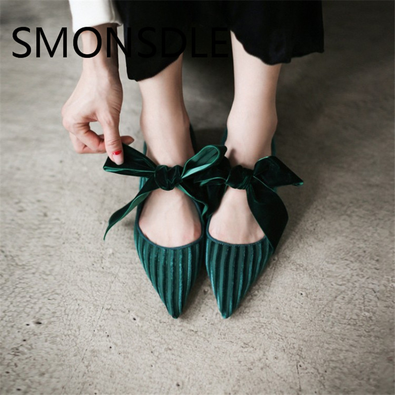 SMONSDLE 2018 New Retro Black Green Velvet Women Flats Pointed Toe Butterfly Women Shoes Casual Shallow Flats Shoes Woman women shoes fashion new butterfly chinese traditional style flats flower embroidered casual shoes red green black