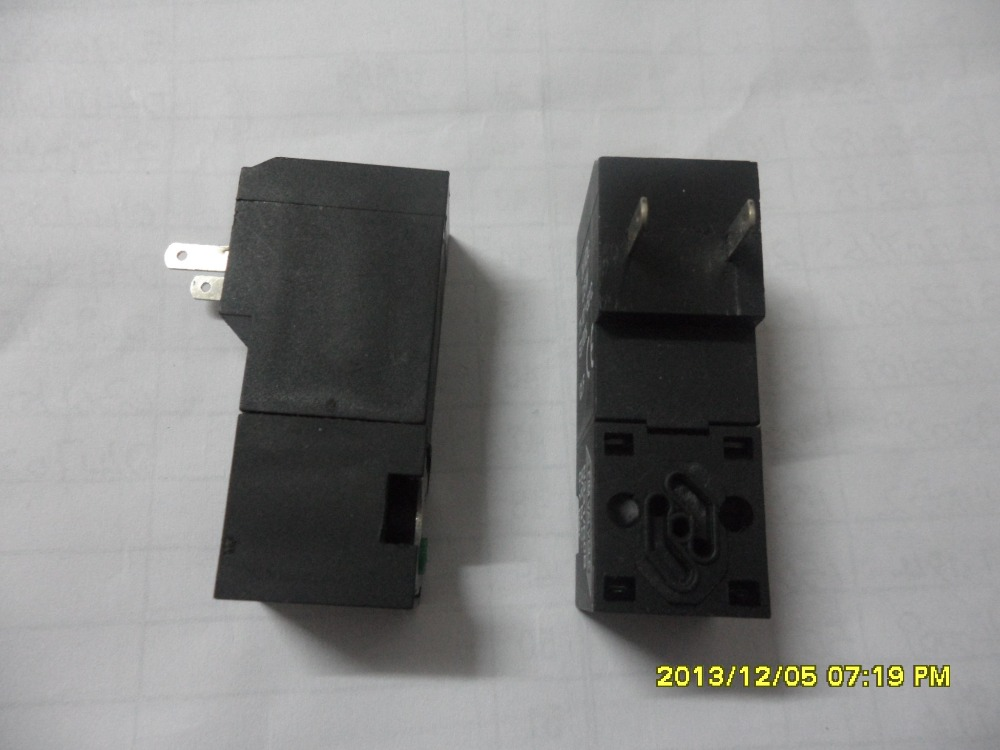 Lonati Socks Machine Use Replace D4900833 24VDC, 2.3W, 3/2 NA Solenoid Valve