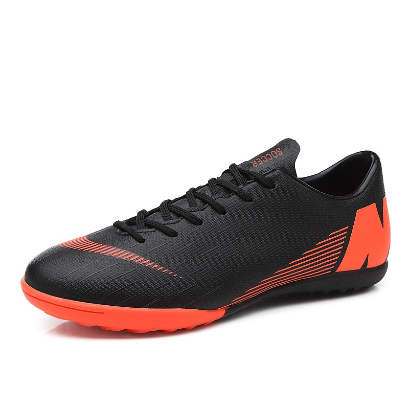 competitive price e0e30 1e1b4 US $22.79 5% OFF|2018 Men Football Boots Superfly Professional Hypervenom  Cleats Phantom TF Hard Court Trainers Adult Soccer Nail Women Sneakers-in  ...