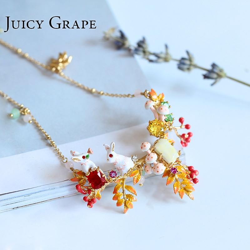 2017 Enamel Alice Small White Rabbit Gold Necklace Clavicle Chain Jewelry Women Fashion rhinestone Choker Kolye Collier sierade