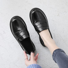 Summer Women Shoes 2019 Fashion Women's Leather Flats Round Toe High Quality Black Flats Women Shoes Size 35 36 37 38 39 40(China)