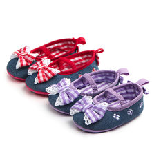 Newborn Baby Girl Soft Shoes Bowknot Sneaker Plaid Lace Anti-slip Footwear Moccasins shoes Sneaker Non-slip Crib First Walker(China)