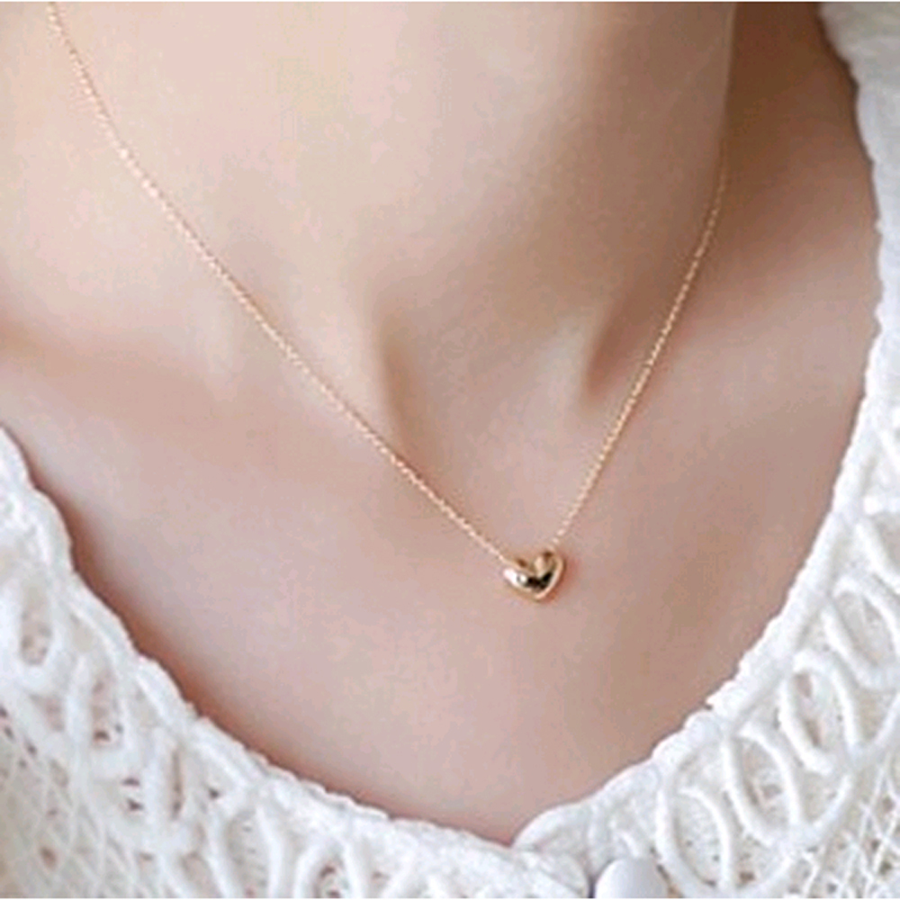 New Hot Fashion Elegant Sweet Short Design Gold Love Necklace Chain Female