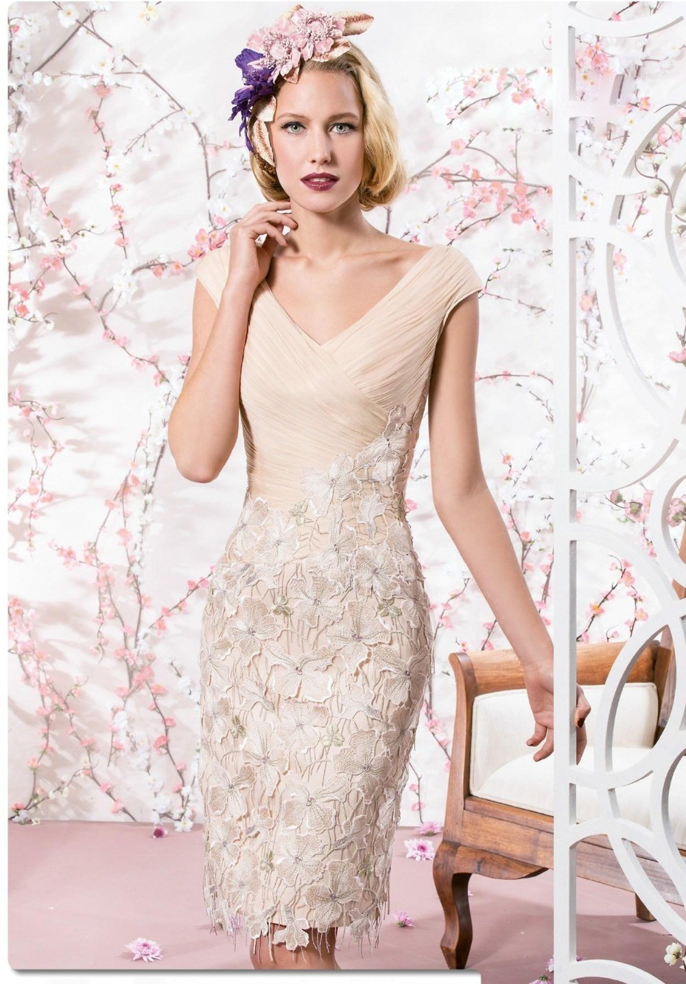 2015-Mother-Of-The-Groom-Dresses-And-Jacket-Sheath-Knee-Length-Pleated-Lace-And-Chiffon-Vestidos (1)