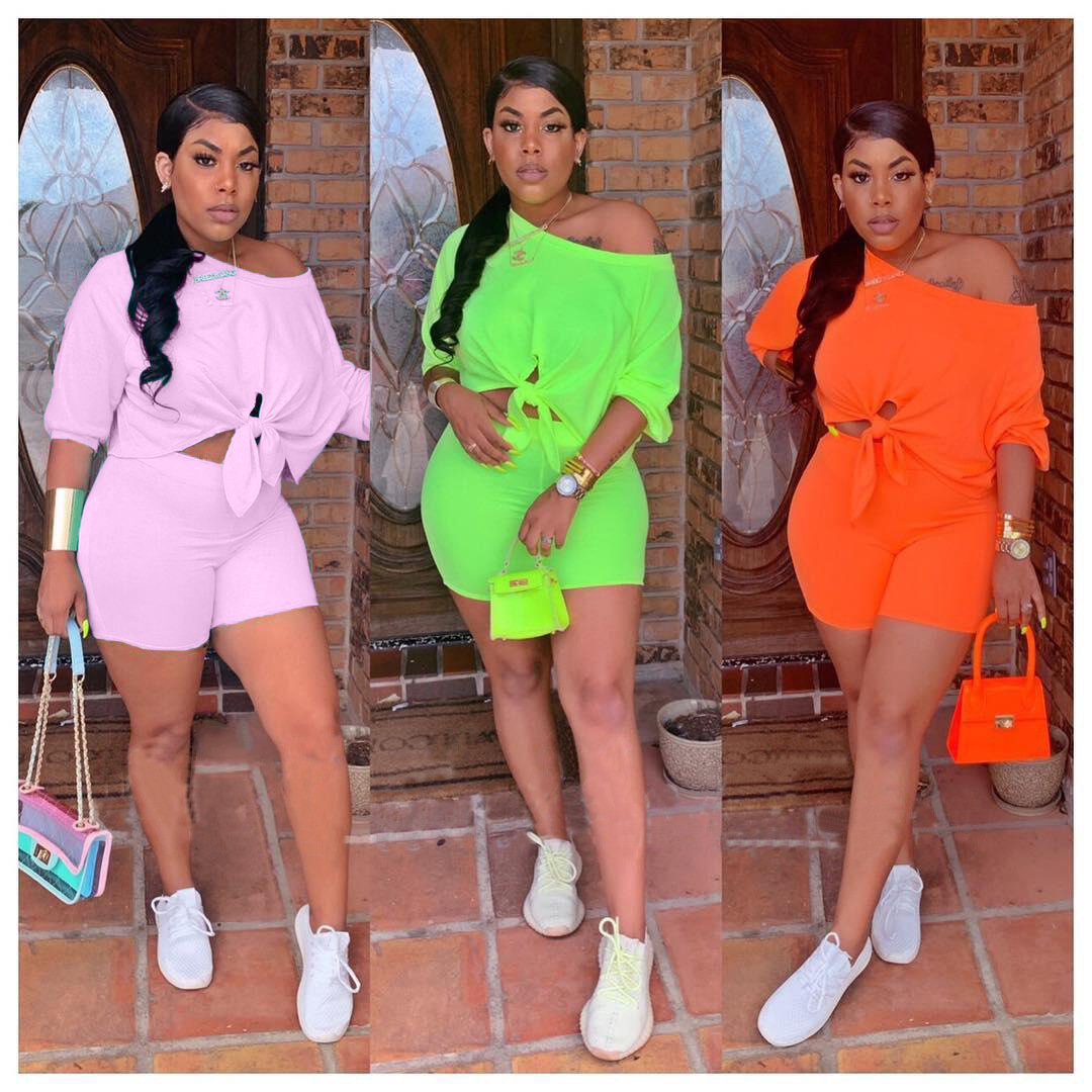 2019 Women New Summer Three Quarter Length Sleeve Tie Hem Off-shoulder Top Shorts Two Piece Suit Set Tracksuit Outfit Q5102