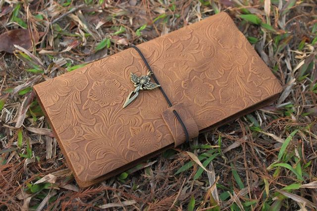 """Kathrynath """"Katy"""" Elendäiÿa Vintage-Medieval-Ancient-European-Engraved-Designs-Genuine-Leather-Cover-Handmade-Diary-Journal-Book-Notebook-90-Sheets.jpg_640x640"""