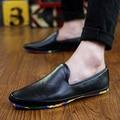 2016 Moda de Invierno Para Hombre Mocasines de Cuero de LA PU Hombres Zapatos Planos Ocasionales Suaves Zapatos de Conducción Mocasines Italianos Resbalón en Hecho A Mano Negro