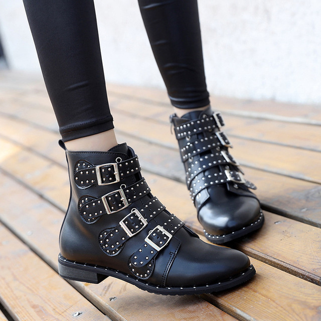 a8a93d15bb92 Stiefel woman ankle short boots Fashion Martin boots British style luxury  booties rivets botas mujer 4 belt hasp design botas
