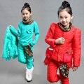 Elegante chica childrens invierno estampado de leopardo ropa de bebé ropa de las muchachas 3 unids conjuntos 2015 nuevos de moda los pantalones de la capa camisa de 3 unidades conjunto