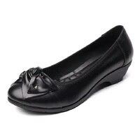 2017 primavera nueva madre zapatos aumentar zapatos de las señoras solteras mariposa pendiente con zapatos de suela blanda