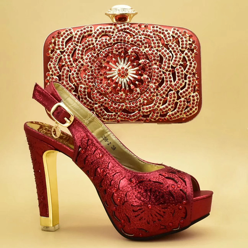 purple Último Zapatos red Boda Diseño Y Mujeres Italiano Zapato Imitación De Azul Bolsa oro Africanos Tacones Las Decorado Diamantes Sexy Con Bolso 1X1wqrR