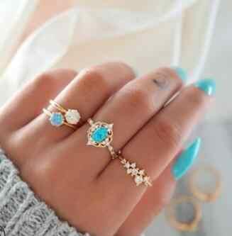 4 ชิ้น charm blue gold แหวนคริสตัลแหวนคริสตัล elegant lady finger แหวนวันหยุดเครื่องประดับ Boho แหวนแหวนสำหรับ