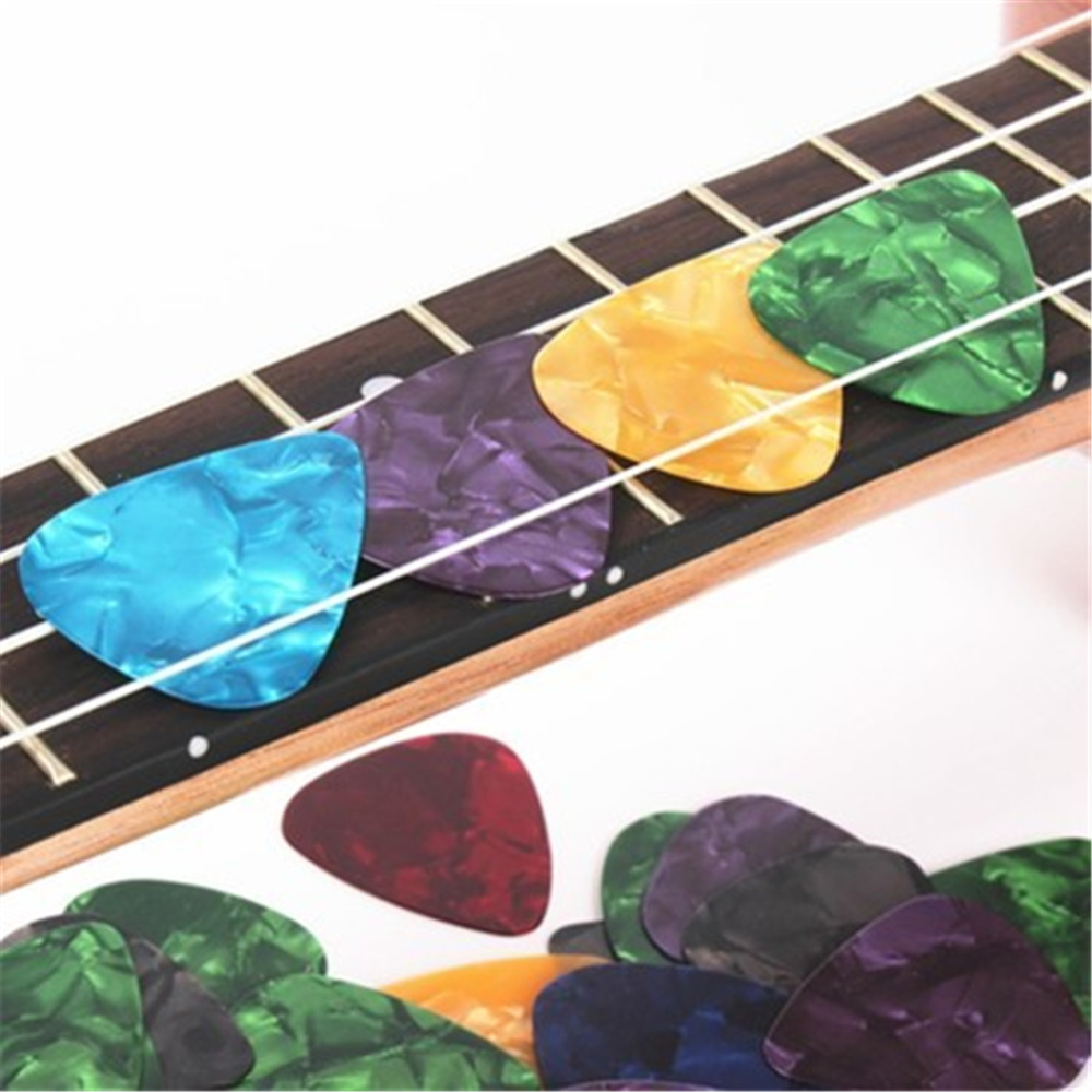 100pcs/lot Celluloid Guitar Picks Plectrums Standard/Triangle 0.38mm-0.8mm For Acoustic And Electric Guitar Bass Guitarra Pick 100pcs acoustic electric guitar picks parts acoustic celluloid plectrum multi 0 46 0 71mm classical guitar pick