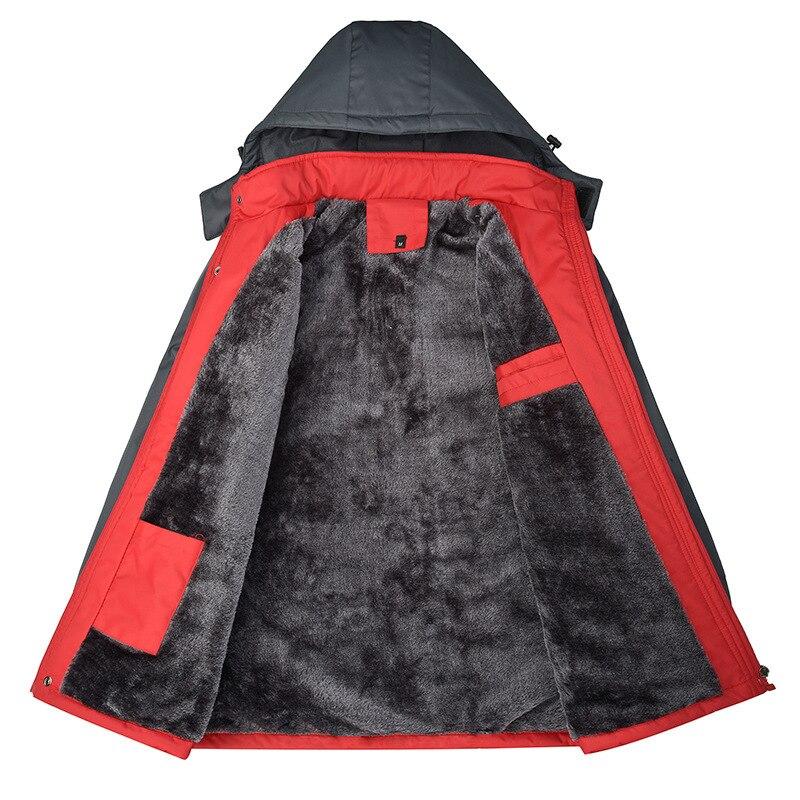 Cheap wholesale new mountaineering autumn winter 2017 men windbreaker Add hair thickening keep warm cotton-padded jacket
