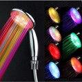 Multicolor Led Cabeça de Chuveiro handheld com Display Digital de Temperatura de 3 Cores Ou 7 Cores Mudam de Água Alimentado levou chuveiro spray