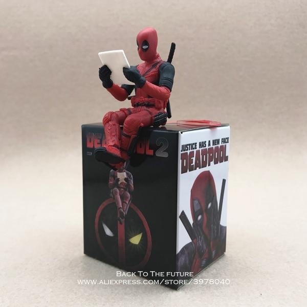 MINI Marvel Figura postura seduta modello anime doll Decorazione PVC Collection