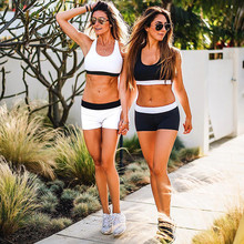 2PCS/Set Women Fitness Tank Tops + Fitness Shorts Bustier Bra Tops White And Black Patchwork Women Sport Sexy Fitness Suit
