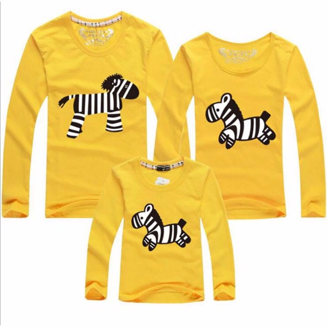Hot!2016 Cotton long sleeve t-shirt  mother mommy and me daughter father baby clothes matching family clothing sets family look