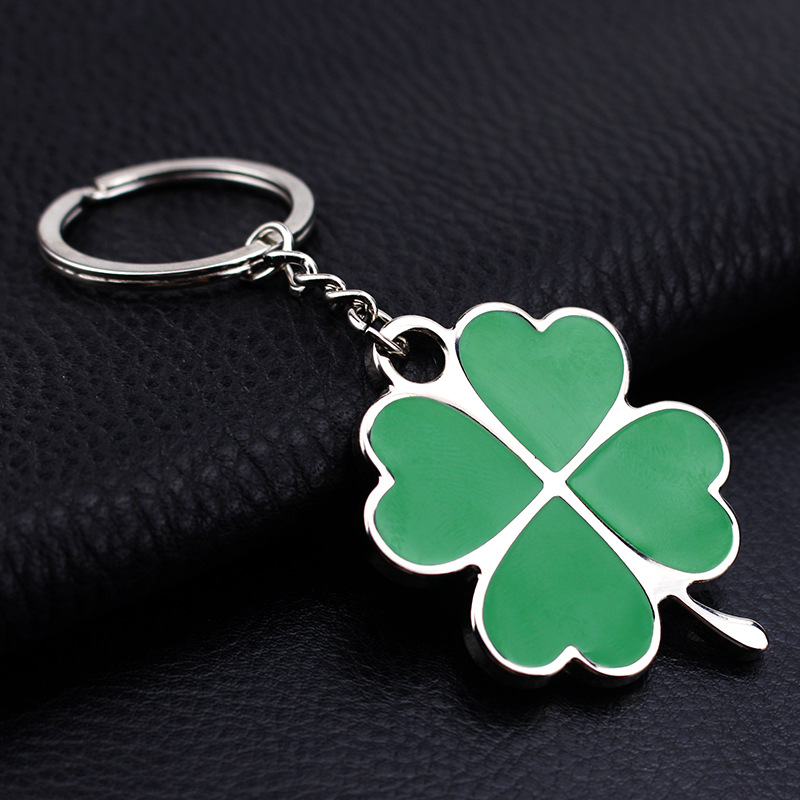 Fashion Creative  Green Leaf Petals Clover Lucky Key Chain Metal Key Ring Key Chain Car Key Ring Exquisite Creative Gifts