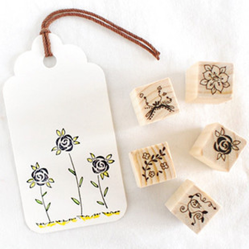 12 pcs/box mini Flower stamp DIY wooden rubber stamps for scrapbooking stationery scrapbooking standard stamp 1 box pack retro vintage diy dorothy quartet series diary wooden rubber stamp with iron box clear stamps for scrapbooking